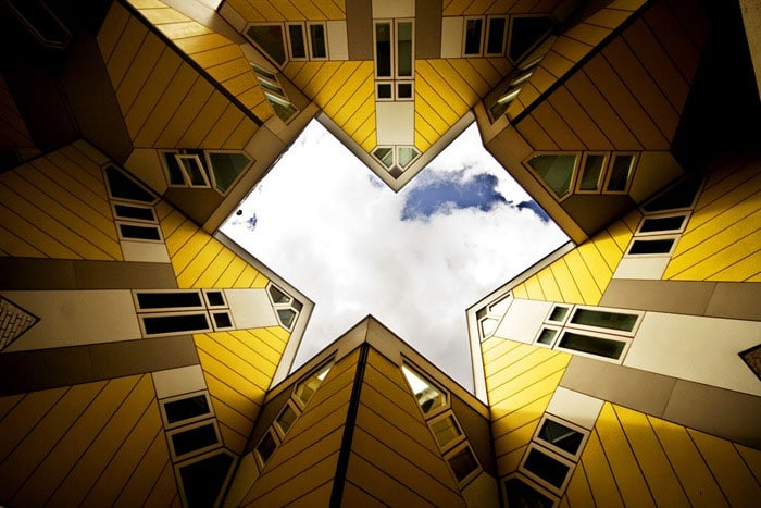 10 most unusual buildings around the world trulygeeky for Unique architecture around the world
