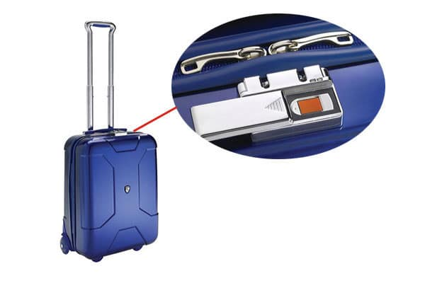 best-travel-suitcase-6
