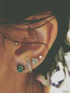 Tragus Pierciing - The Complete Guide With Tragus Piercing Ideas