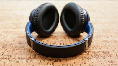 best noise cancelling headphones-9