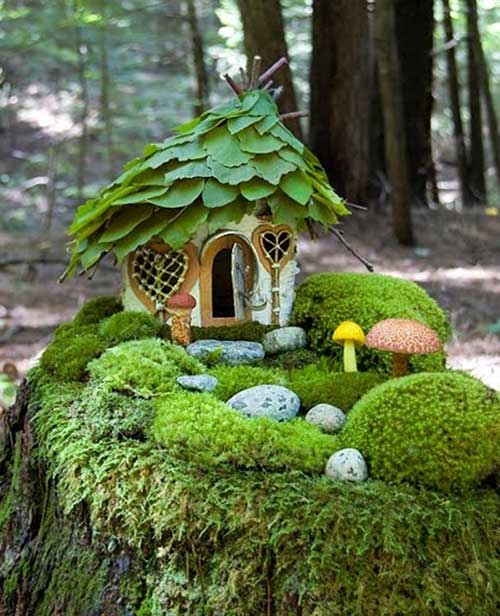 25 best miniature fairy garden ideas to beautify your backyard trulygeeky. Black Bedroom Furniture Sets. Home Design Ideas